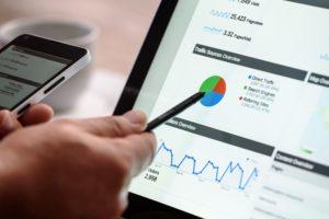 Página web gratis vinculada a la contratación del servicio de posicionamiento natural en buscadores (SEO)